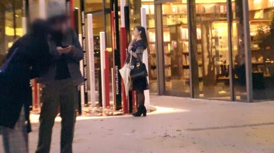 【かなこ 23歳 探偵事務所(事務員)】【秘密の美少女】23歳【可愛すぎる探偵】かなこちゃん参上!探偵事務所に勤める彼女の応募理由は『もぅ、秘密を隠したくないんです…♪』要するに【エロ探偵】美白美乳&唇エロぃ彼女は【欲望解放】男に飢えた美少女のガッツキSEX!【もの凄いフェラテク】【もの凄い大量潮吹き】全てが異常事態!『私がエッチな事は秘密ですょ♪』ん?約束できない!W