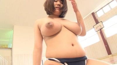 爆乳ハミ乳競泳水着 あゆ J-cup_13