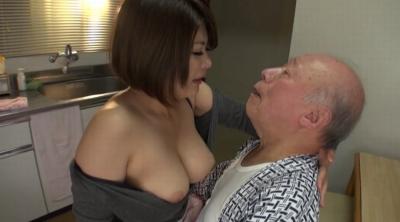 老人たちに寝取られたセックスレスの夫を持つ巨乳嫁 推川ゆうり_11