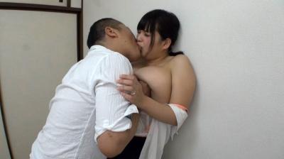 寝取らせ…控えめで大人しいIカップ爆乳妻が義兄弟にカラダをむしゃぶり付かれ淫らな姿を初めて曝け出す