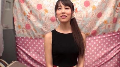 都内名門大学に通う高学歴女子大生 初めての公開顔面騎乗_17