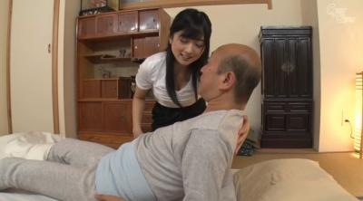 老人を唾液と淫語で舐め癒す女 大槻ひびき_7