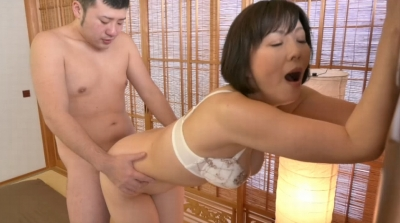 未亡人の義母と戯れて… 円城ひとみ_16