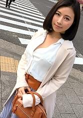 【みゆ 22歳 神楽坂の料亭の仲居さん】マジ軟派、初撮。 822 in 御茶ノ水