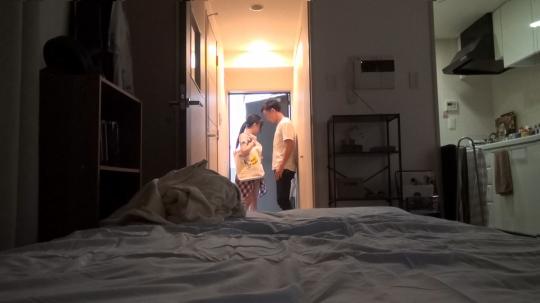 【くるみ 21歳 出版関係の編集者】百戦錬磨のナンパ師のヤリ部屋で、連れ込みSEX隠し撮り 015