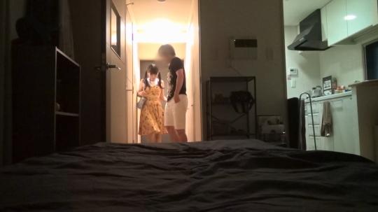 【あや 21歳 メイド喫茶のバイト】百戦錬磨のナンパ師のヤリ部屋で、連れ込みSEX隠し撮り 023