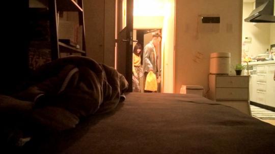【鈴 25歳 老舗料亭でバイト】百戦錬磨のナンパ師のヤリ部屋で、連れ込みSEX隠し撮り 107