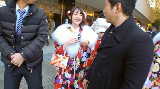 【りあ 20歳 大学生】成人式ナンパ 03