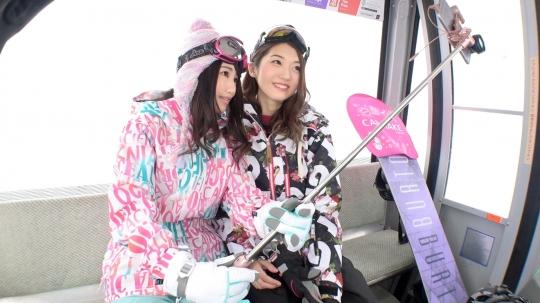 【かなえ 22歳 /しおり 22歳】ゲレンデナンパ 02 吹雪の中で見つけたスノボ美女2人組!男も女もエロいトリックで魅せまくり乱れまくりな4P乱交SEX!!