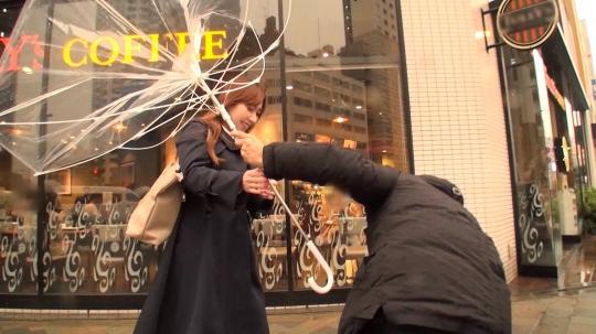 【茉莉花 41歳 医薬品メーカーの営業】マジ軟派、初撮。 1300 【淫乱覚醒】東新宿でナンパしたキャリアウーマンは見た目に似合わずセックス大好き!大人のフェロモンをムンムンに、ねっとりチ●ポをしゃぶる濃厚フェラに、欲望を剥き出の激しい性交でAV男優を逆に食い尽くしちゃった!!