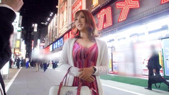 【なつき 23歳 キャバ嬢】マジ軟派、初撮。 1312 新宿で遭遇した出勤前のキャバ嬢をお金で誘惑!さらに謝礼金上乗せで電マオナニー!勝手にイって勝手に盛り上がっちゃうもんだからありがたく頂いちゃいました!