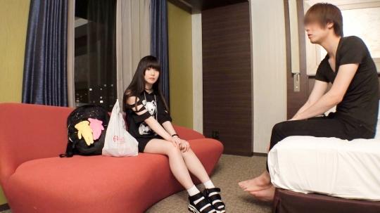 【りか 19歳 学生(コッペパン専門店でバイト)】マジ軟派、初撮。 1366 【枕を投げつけ発狂!】上京したての学生をそそのかしてSEXしたら激おこ!いやいや、気持ち良さそうにしてたじゃん…。