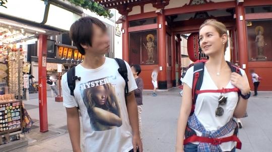 【Sasha 23歳 学生】マジ軟派、初撮。 1394 YOUは何しに日本へ?ということで浅草でナンパしたロシア美女!密着して日本の濃厚なおもてなしをと思ったら…ロシア美女の激しくも濃厚なテクニックで逆おもてなし!こんな国際交流なら何回でもしてみたいなぁ~!