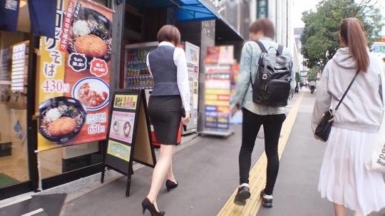 【れい 30歳 OL】マジ軟派、初撮。 1414 渋谷のオフィス街でお昼休みのOLにチャレンジ!お昼休憩の短い時間でエッチはできるのか!?時短テクニックで戸惑いながらもイクとこイってますwww_1
