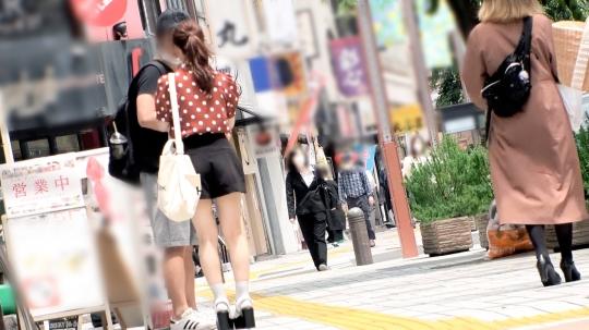 【いちか 21歳 大学生】マジ軟派、初撮。 1491 【東京に落としたハンカチを拾ってくれる優しい子はいるのか!?】何度もお願いして服を脱いでもらい、そのまま流されセックスを許しちゃう優しい美少女をナンパ成功!デカ○ンを挿入すれば体を仰け反らせて喘ぎ感じまくる!_3