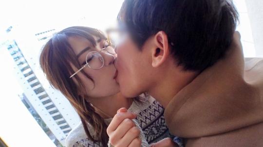 【なつ 21歳 モデルルームの受付】マジ軟派、初撮。 1571 新宿でメガネ萌えの受付嬢に癒しを与える!?日々の刺激が足りないのでチ●ポの激ピストンで心を満たすw想像以上のセックスに喘ぎまくり!!