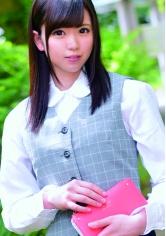 Nanako (百貨店経理部事務)