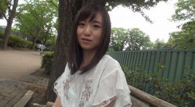 最強Acup 安達ひかり AVデビュー 「胸も自信も無いけど…AV女優になっても、イイですか?」_1