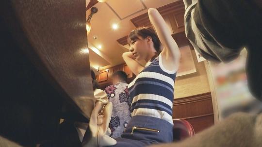【ももか (23)】【検証】スタイル抜群!コンサバ系お一人様(ラーメン)女子は店内ナンパで釣れるのか? 職業/アパレル 推定Fカップ ももかさん(23) あっさりスルーかと思いきや意外とノリがいい→綺麗すぎる巨乳を揉みしだく→キン○マまで舐めてくれるの!?→あまりの締まりの良さに…