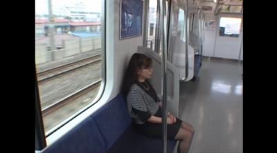 ドスケベ熟女の初アナルライブ_7