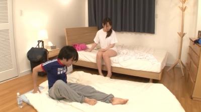 僕の部屋に泊まりにきた叔母さんが寝るときは裸族だったことが判明!かつてのオナペットを前にしてイクべきか迷っていたらむこうから激しく甥っ子チ○ポを求めてきた! 3_13
