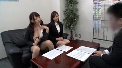 働く女性社員はみんな巨乳!パイチラパンチラ肉弾営業でグイグイ業績を伸ばす噂の巨乳ミニスカ企業のドスケベ挑発マニュアル_13