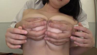 Kカップパイパン巨乳女子校生~バスト99cmの爆乳美少女といいなり中出し性交~ さなえ_8